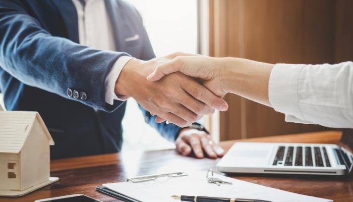 Jak zatrudnić cudzoziemca na umowę zlecenie